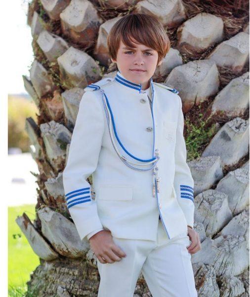 los mejores trajes de comunion para ninos